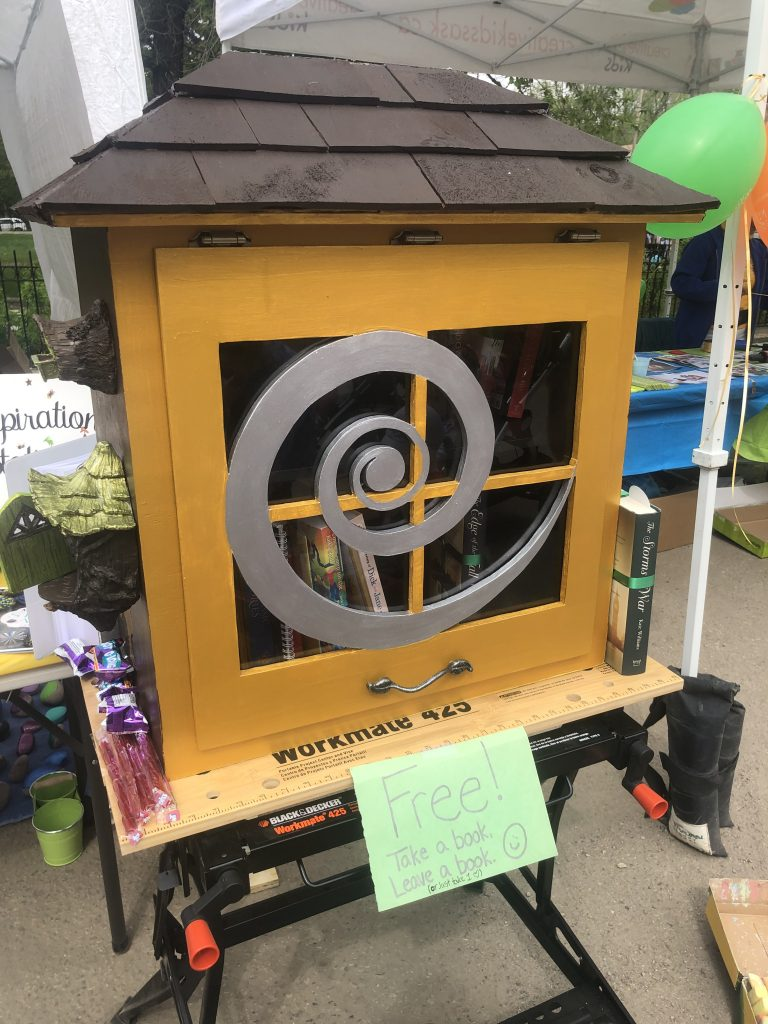 A book fairy in Saskatchewan built a little free library