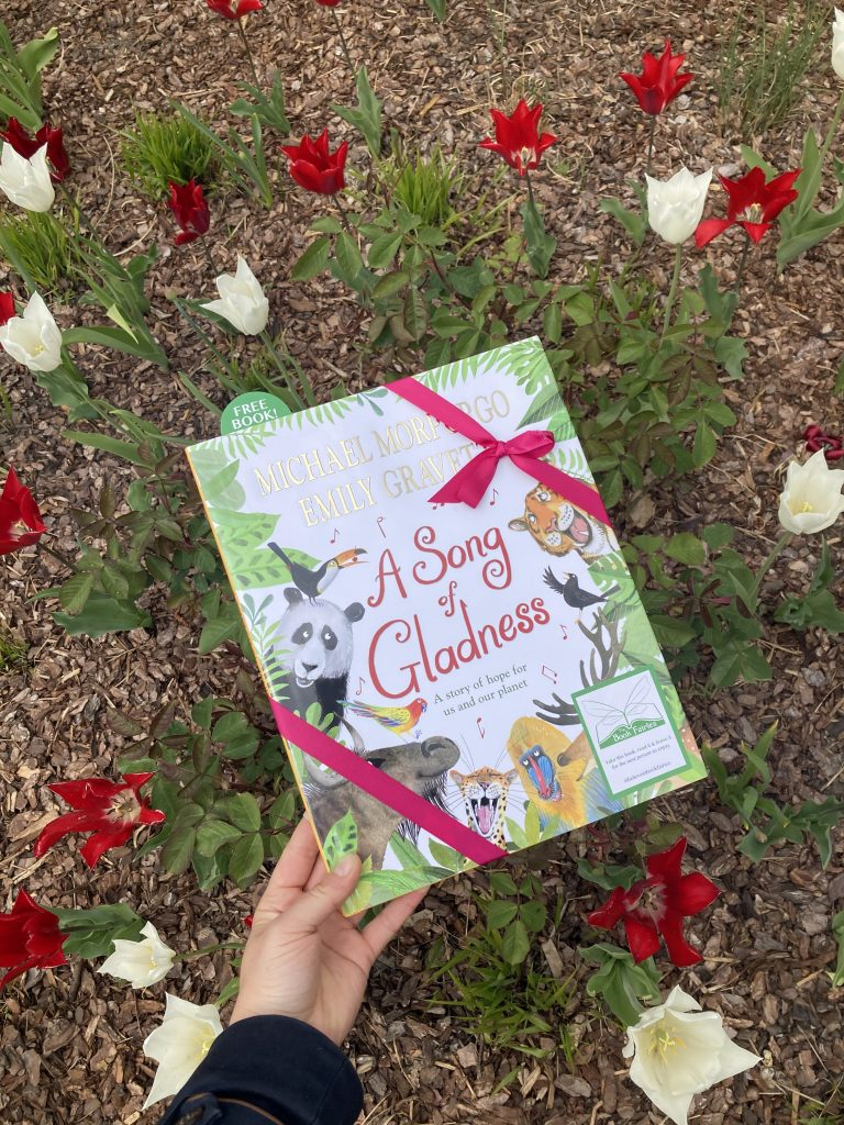 Beside the tulips - Book fairies hide Michael Morpurgo's A Song of Gladness around the UK