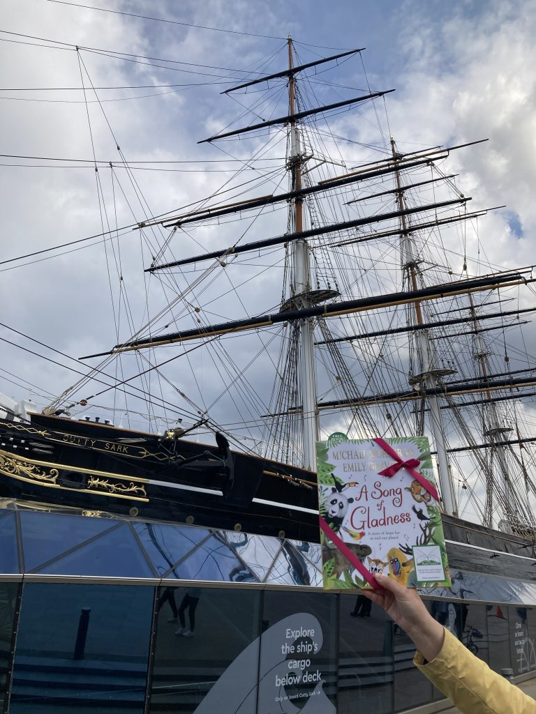 At Cutty Sark - Book fairies hide Michael Morpurgo's A Song of Gladness around the UK