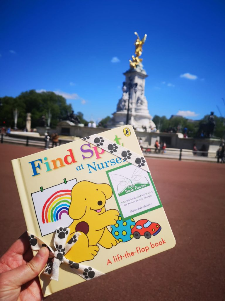 Book fairies hide Find Spot At Nursery at amazing places around the UK - outside Buckingham Palace