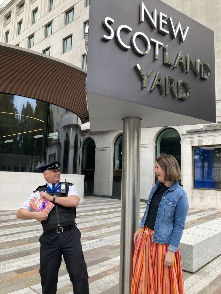 Author Freya Sampson becomes Book Fairy for a Day with The Last Library at Scotland Yard