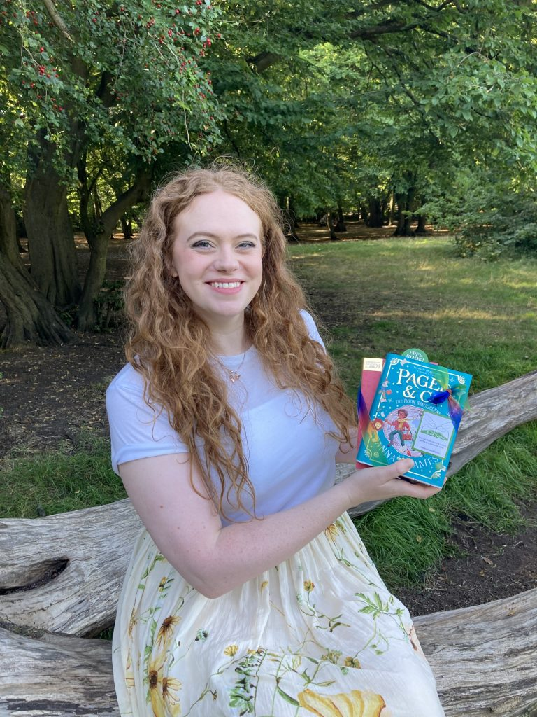 Anna James becomes Book Fairy for a Day with new book Pages and Co: The Book Smugglers - happy author